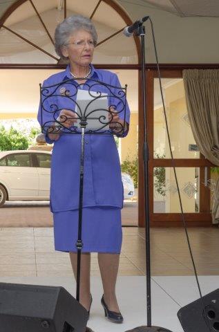 Mev. Ronella Rademeyer, VLVK-erepresident, het 'n treffende oorsig  oor 85 Goue Jare van VLVK gegee.