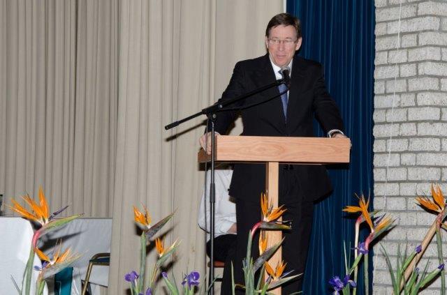 Skriflesing en gebed: Dr. Braam Hanekom, Voorsitter van die Moderatuur van die NG Kerk Sinode Wes-Kaap en Suid-Kaapland.