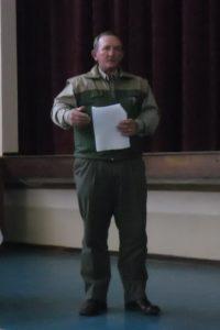 Foto 2 - Joe praat oor veiligheid