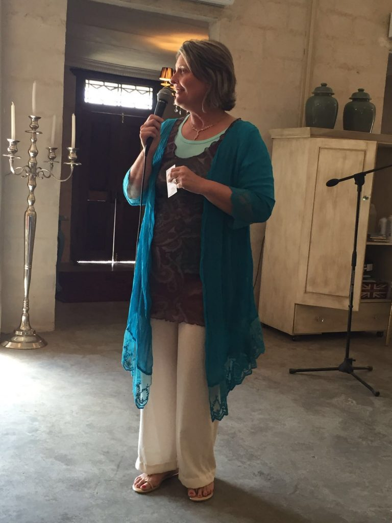 Sonja Squires praat oor Emosionele Intelligensie.