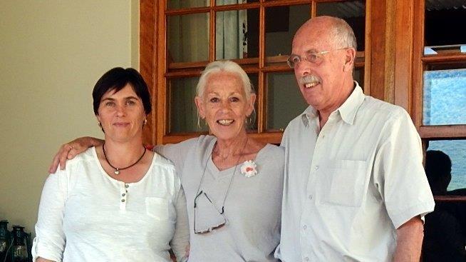 Foto 2 Annalie, Arpana, Bert